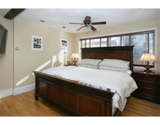 2 lyndeboro Bedroom