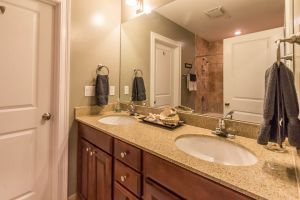 bathroom e 2nd.jpg